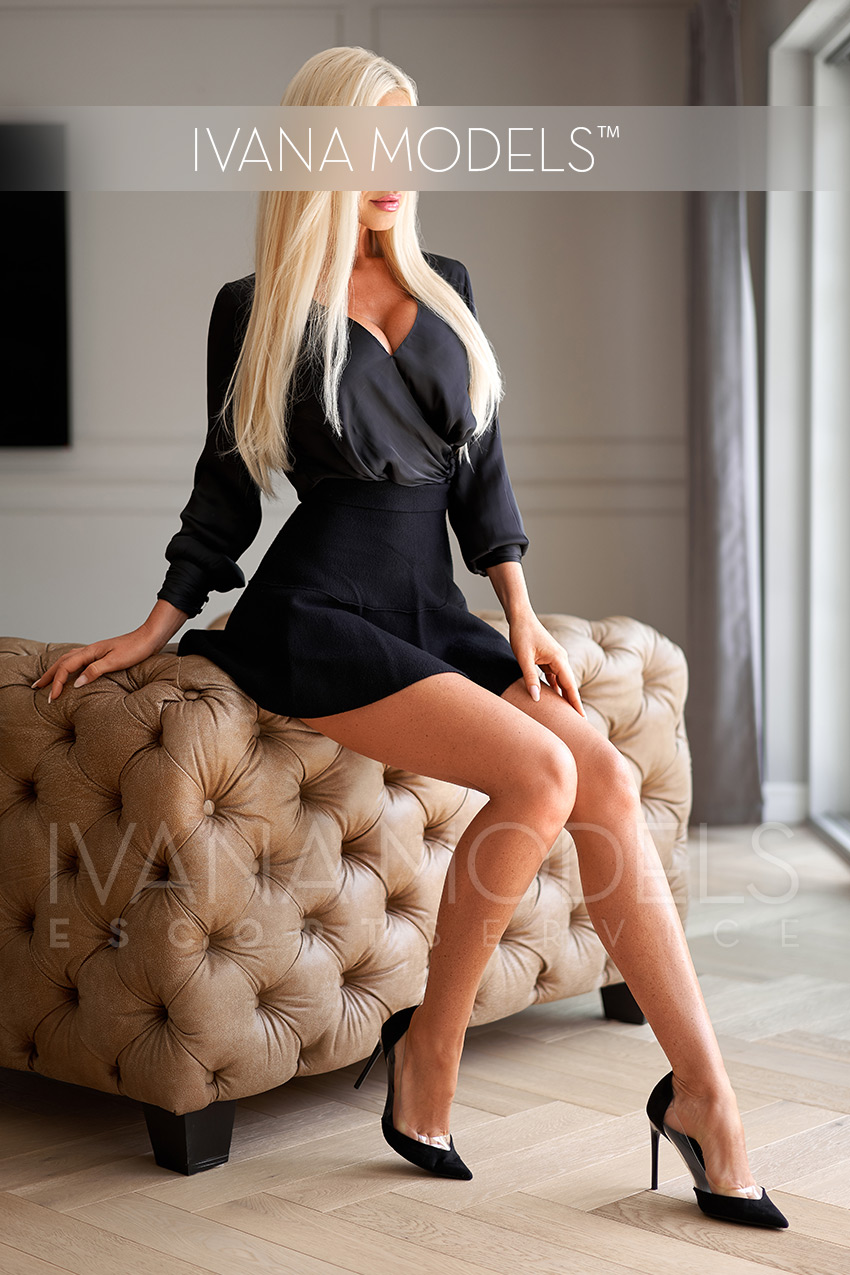 How often does an escort model have date? - Alina - escort service Munster