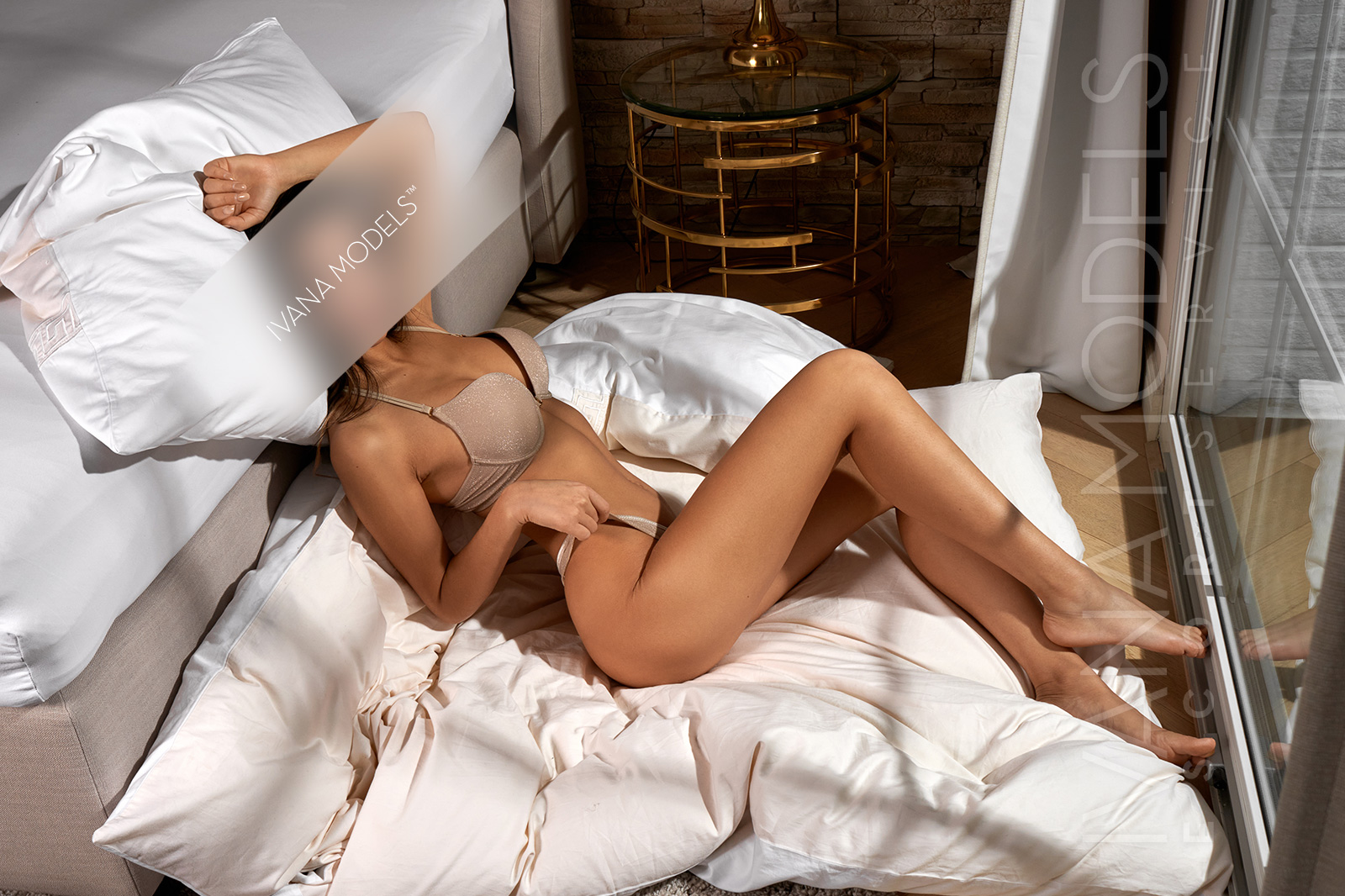 Independent escorts in Frankfurt - Ariana