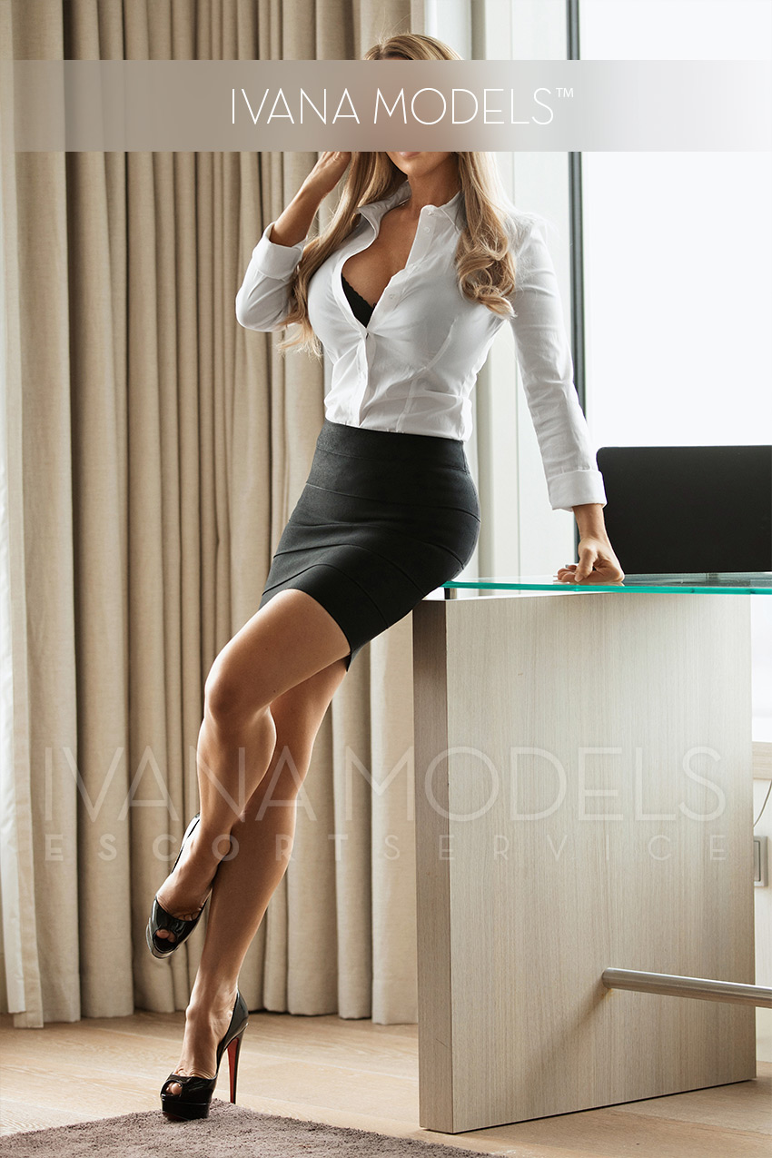 Escort for hotel visits, travel or manager escort or accompaniment to cultural events - Eve - Escort agency Cologne