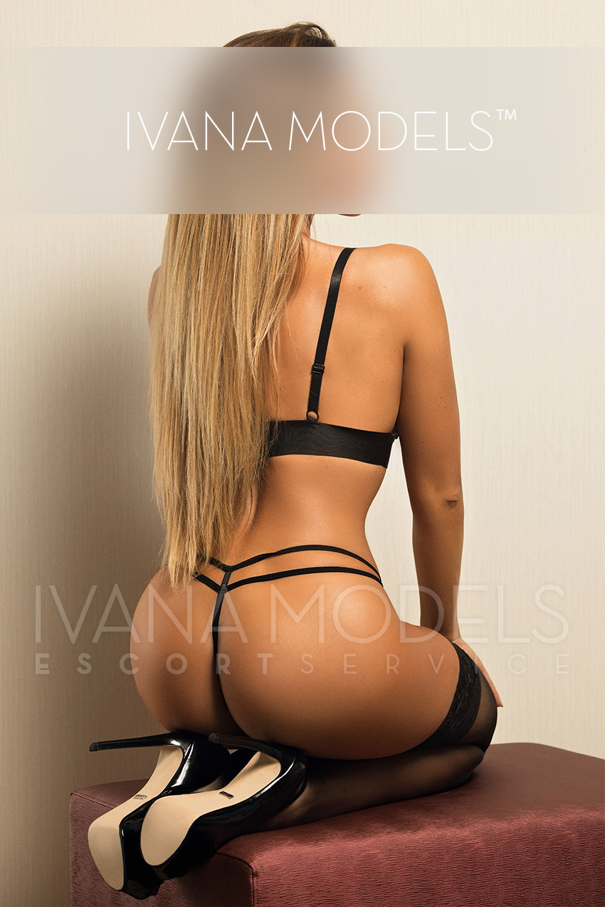 Luxury High Class escort service Dusseldorf, Cologne Bonn, Dortmund and Worldwide - Nicky