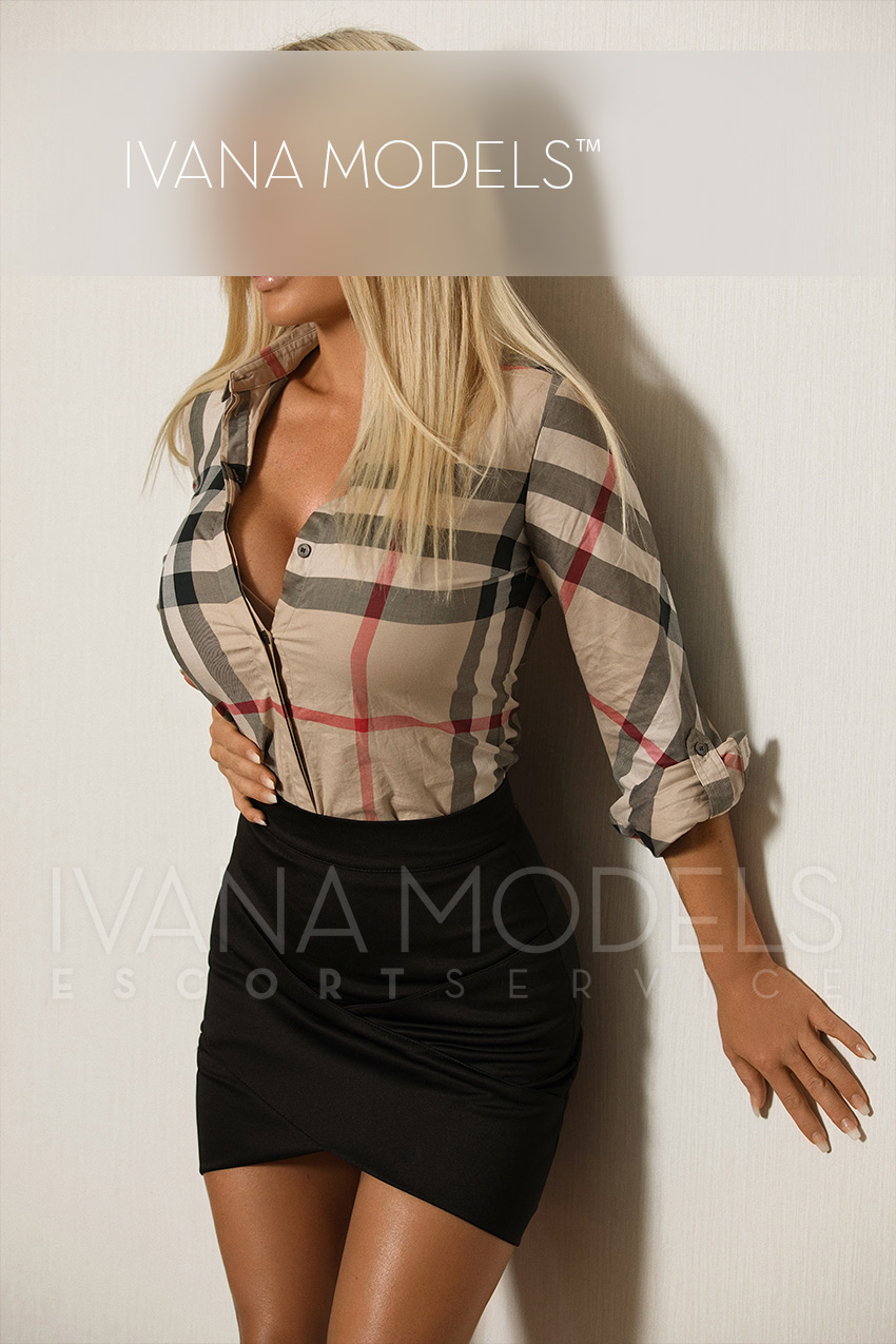 We are happy to offer you one of our best escort ladies for a travel companion - Tia