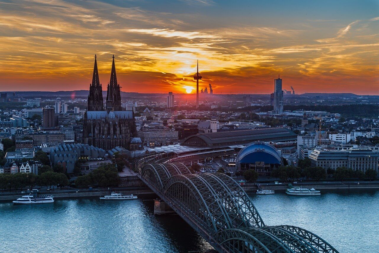 Sunrise of Cologne