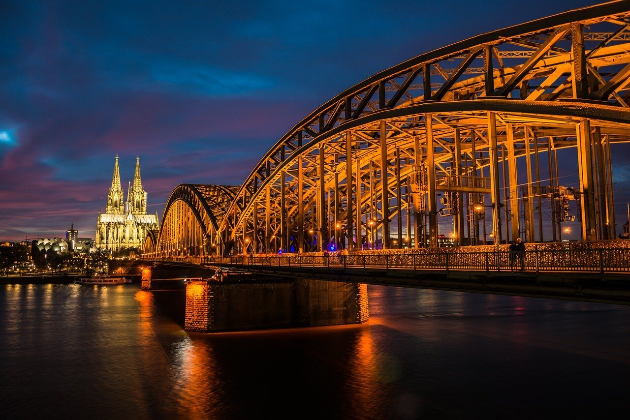 Enjoy the nights of cologne with call girls in Germany