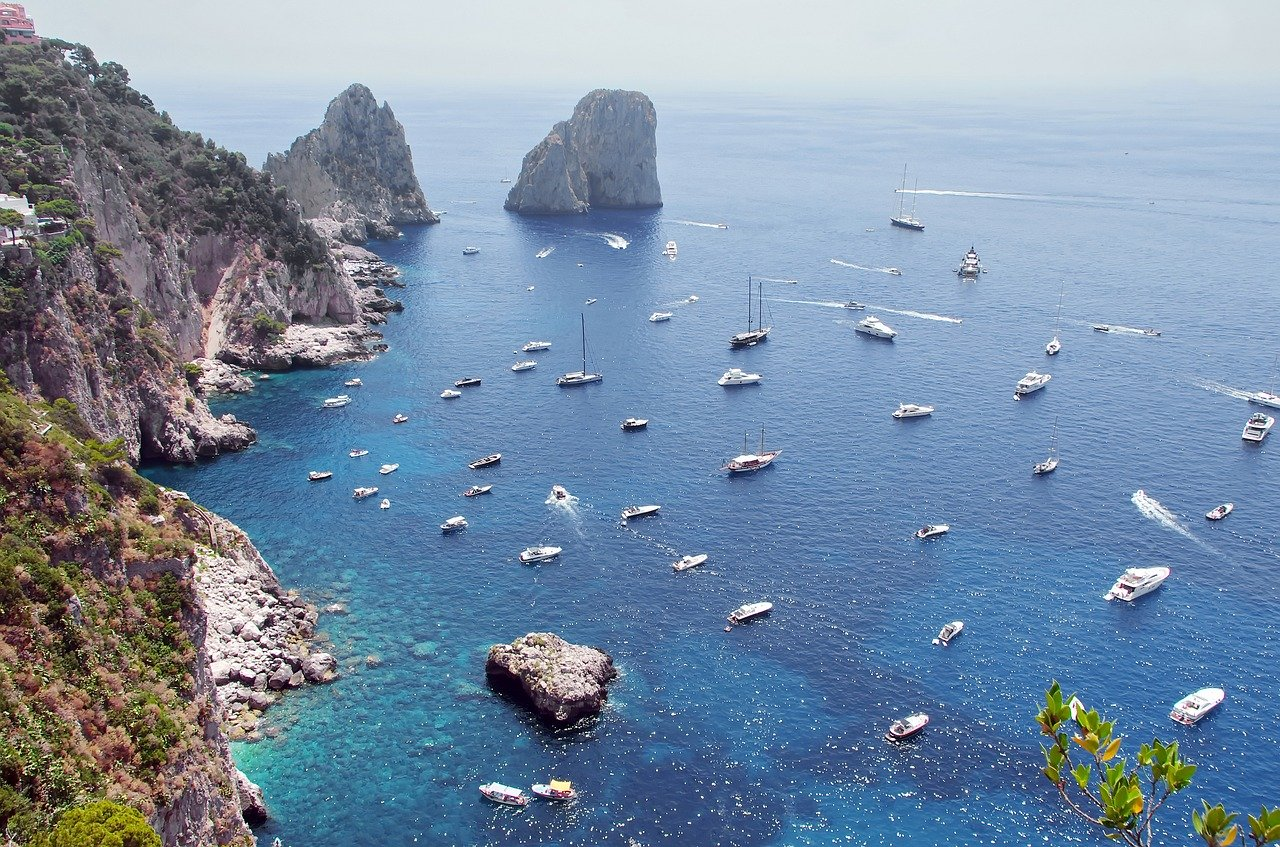 Travel to Capri with Yacht and Call Girls